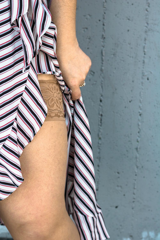 outfit plus size vestito a portafoglio e calze autoreggenti Milena Lingerie (9)