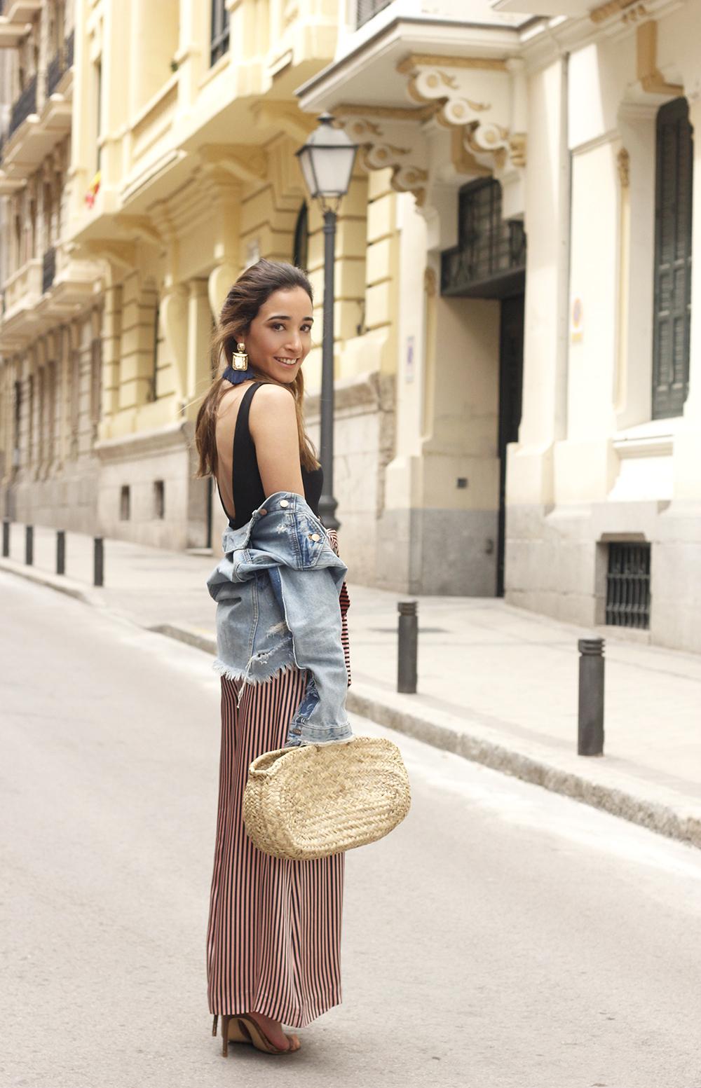 striped palazzo trousers uterqüe zara bodysuit denim jacket spring outfit 201808