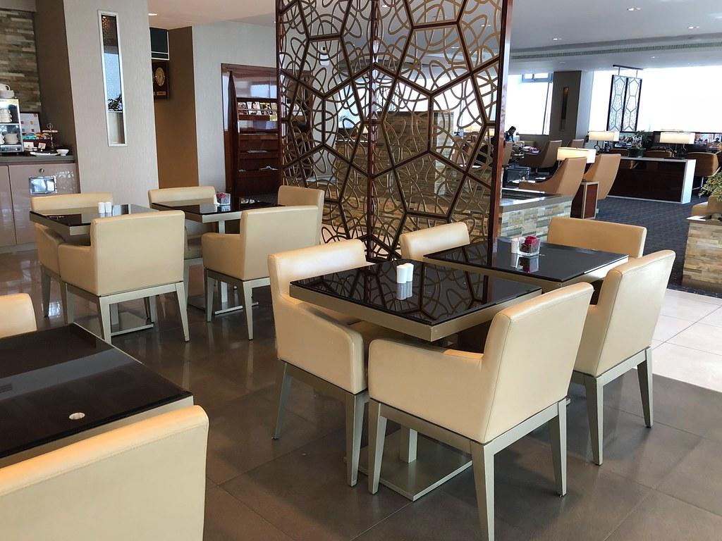 Emirates Lounge Milan MXP 15