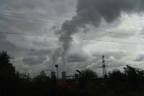 20100902 188 Jakobus Heimfahrt Kraftwerk Rauch Wolken