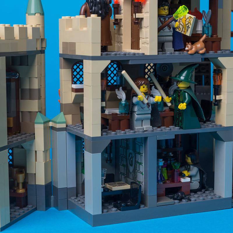 MOC Hogwarts Castle - LEGO Licensed - Eurobricks Forums