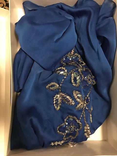 Pitoy Moreno blue gown