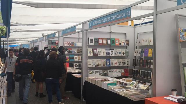 Feria del Libro Plaza de Armas