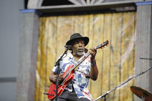 Lurrie Bell & His Chicago Blues Band on Day 6 of Jazz Fest - May 5, 2018. Photo by Michele Goldfarb.