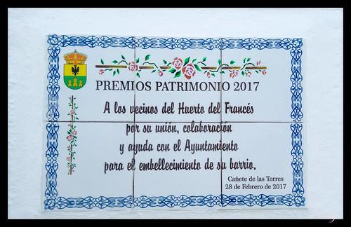 Placa conmemorativa a los vecinos de Cañete de las Torres