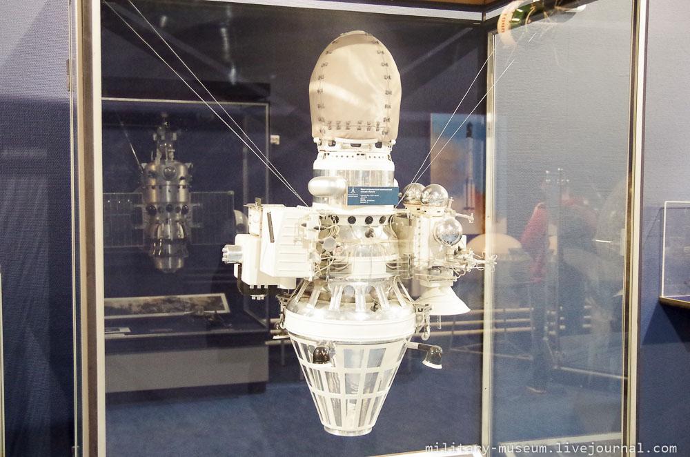 Музей космонавтики и ракетной техники СПб -98