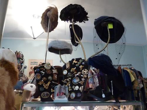 3 Mamie shop inside 2