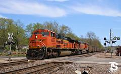 6/9 BNSF 9258 Leads SB Empty Coal Drag Kansas City, KS 4-29-18