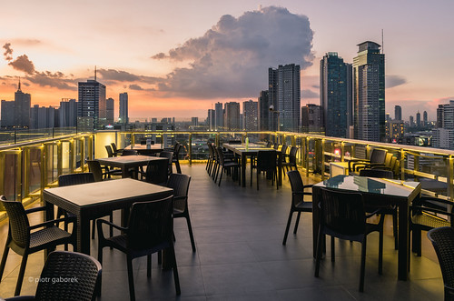 sunset manila luzon philippines asia asian city southeast sky bar clouds tables skyline longexposure cityscape pietkagab photography pentax pentaxk5ii piotrgaborek travel trip tourism sightseeing architecture modern