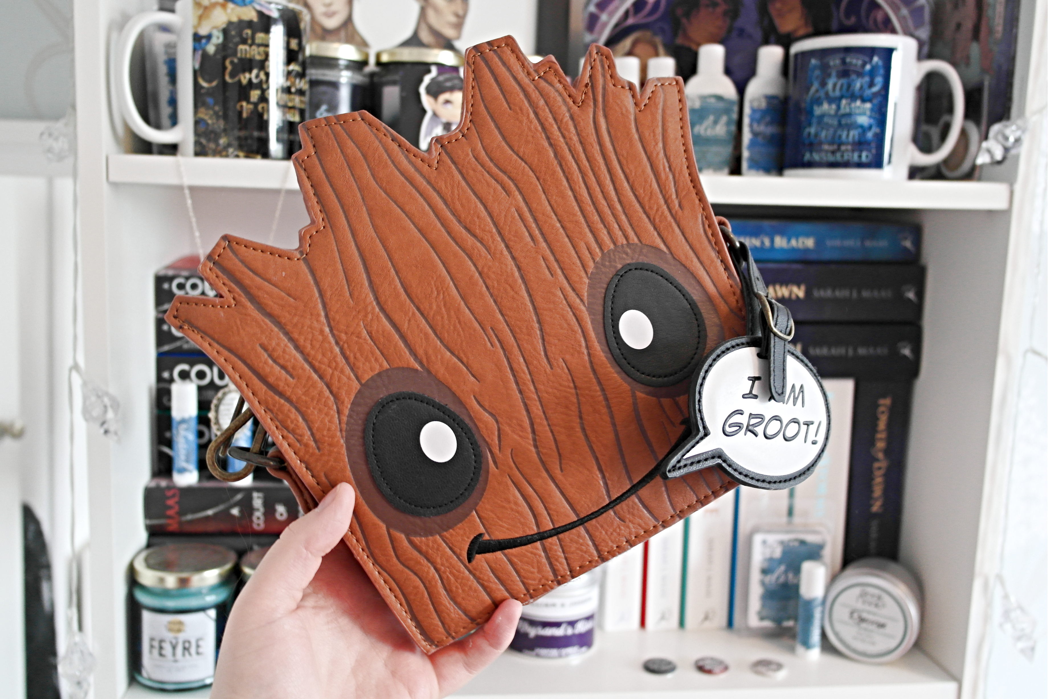InfinityWarFilmReview - Groot Bag