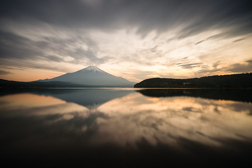 Mt. Fuji Reflected in Lake Yamanaka at Sunset | by Yuga Kurita