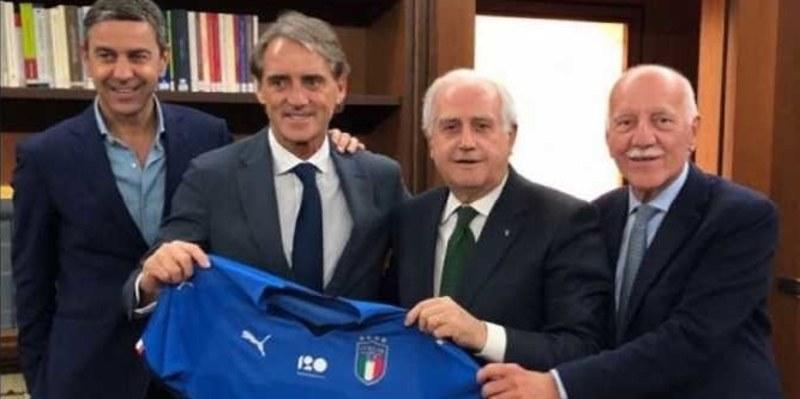 http://cafegoal.com/berita-bola-akurat/mario-balotelli-kemungkinan-besar-kembali-ke-timnas-italia/