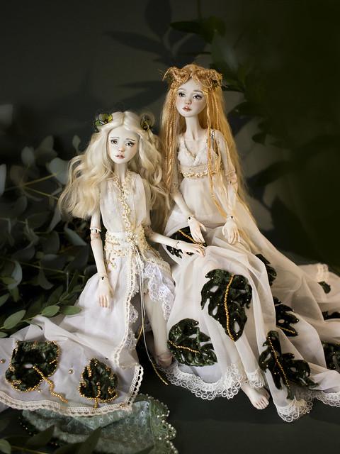 Monstera Sisters