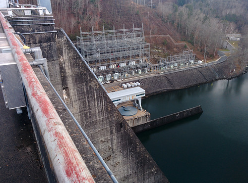 dam tennesseevalleyauthority hiwassee northcarolina infrastructure