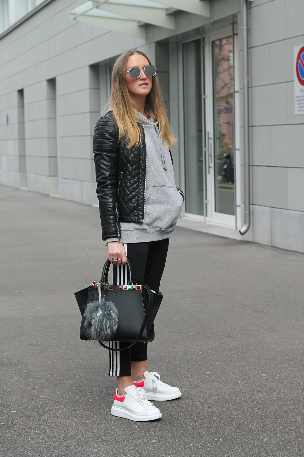 jogging-pants-and-alexander-mcqueen-sneakers-whole-outfit-side-wiebkembg