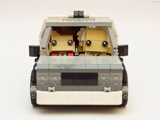 專屬Q版大頭人搭乘的超可愛時光車!!jp_velociraptor 樂高MOC 作品【時光車 The DeLorean】DeLorean Time Machine