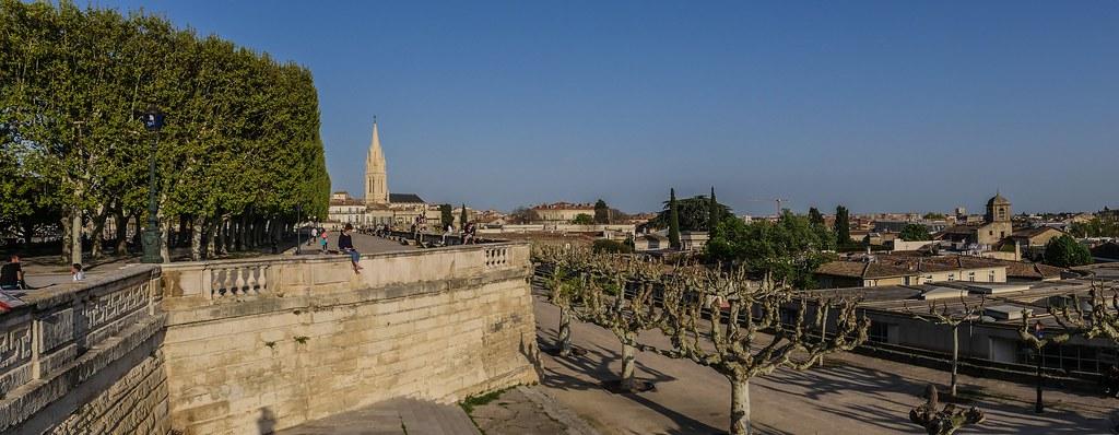 Montpellier : ville d'ombre et de lumière... 40946386734_991997797c_b