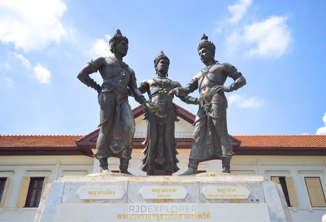 chiang mai itinerary thailand Three Kings Monument