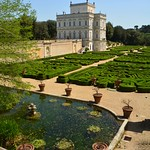 Italian garden - https://www.flickr.com/people/134205948@N02/