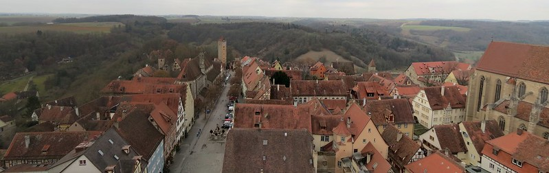 Aussicht von Rathausturm auf BurgtorIMG_8007 Panorama