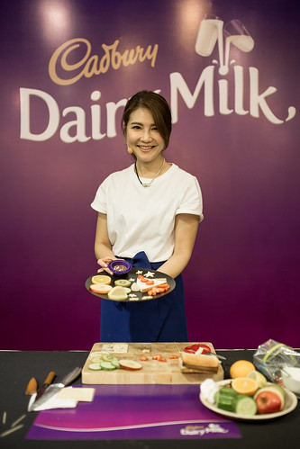 Celebrity food stylist, Samantha Lee, conducted a workshop for parents and children to bond, in the spirit of #CadburyWithLove