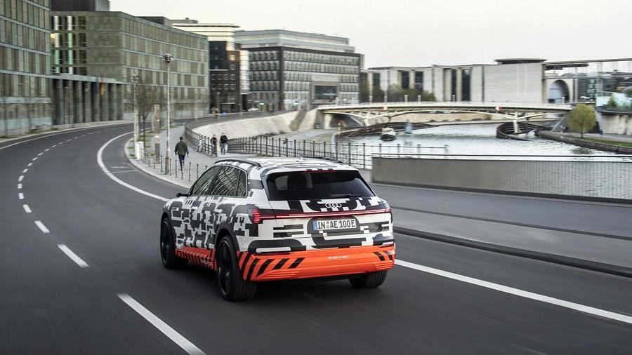 auti e-tron quattro prototip 1