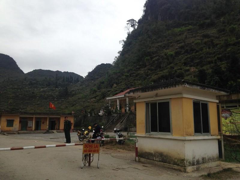 フォーバン(Pho Bang)のマーケットと中国との国境を見に行く, 5