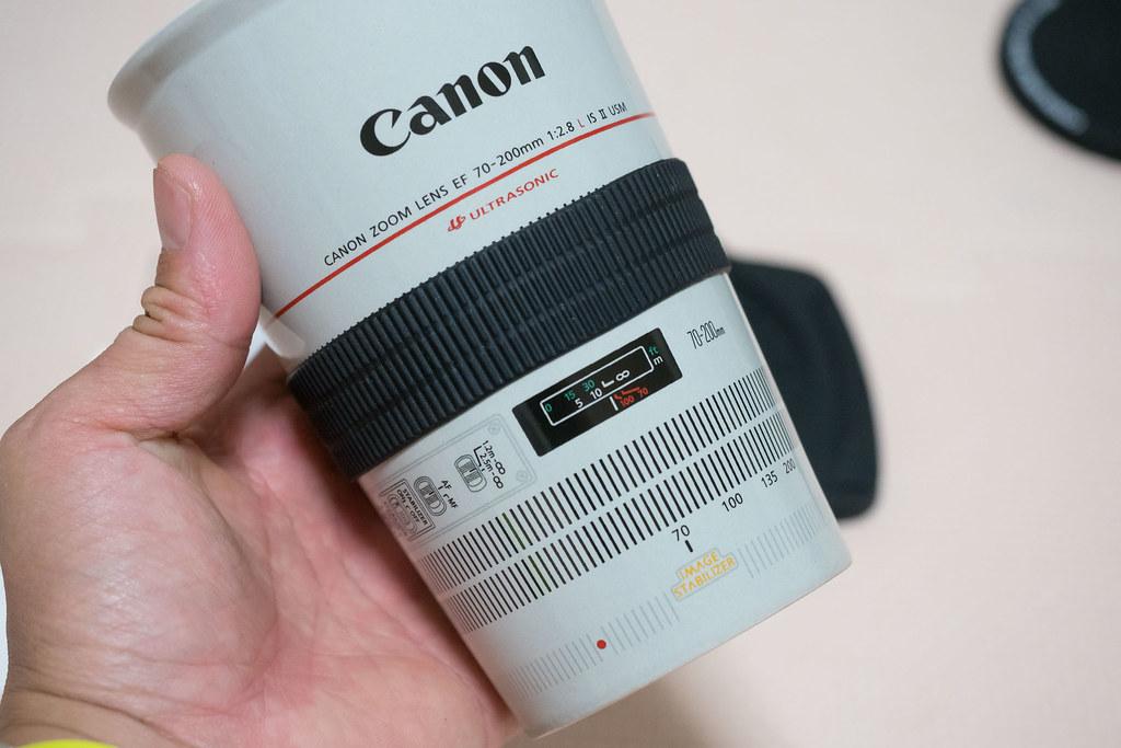 Canon_Lends_Mag-13