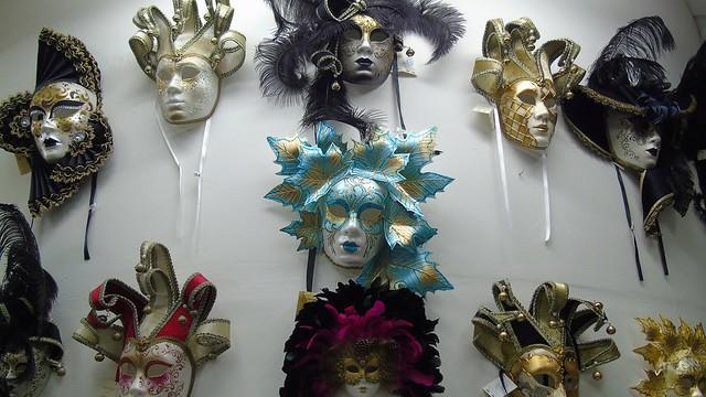 16_venetsianikes_maskes