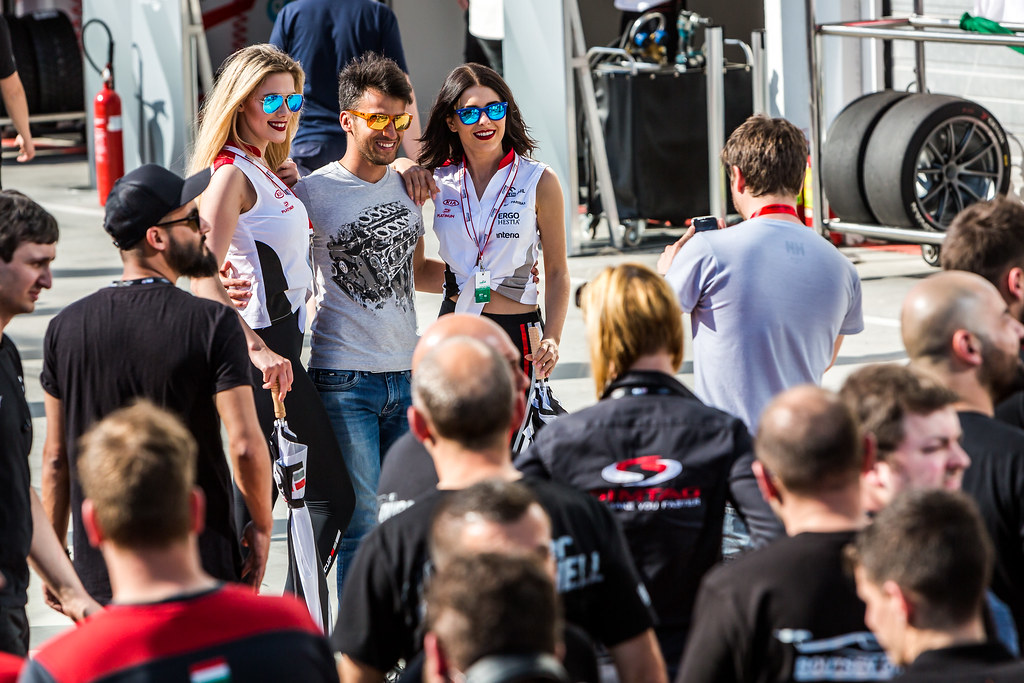 fans, Supporters, Public, Spectators, girls during the 2018 FIA WTCR World Touring Car cup, Race of Hungary at hungaroring, Budapest from april 27 to 29 - Photo Thomas Fenetre / DPPI