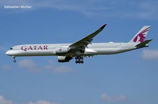 350.1041 QATAR AIRWAYS F-WZFY 102 TO A7-ANB 18 05 18 TLS