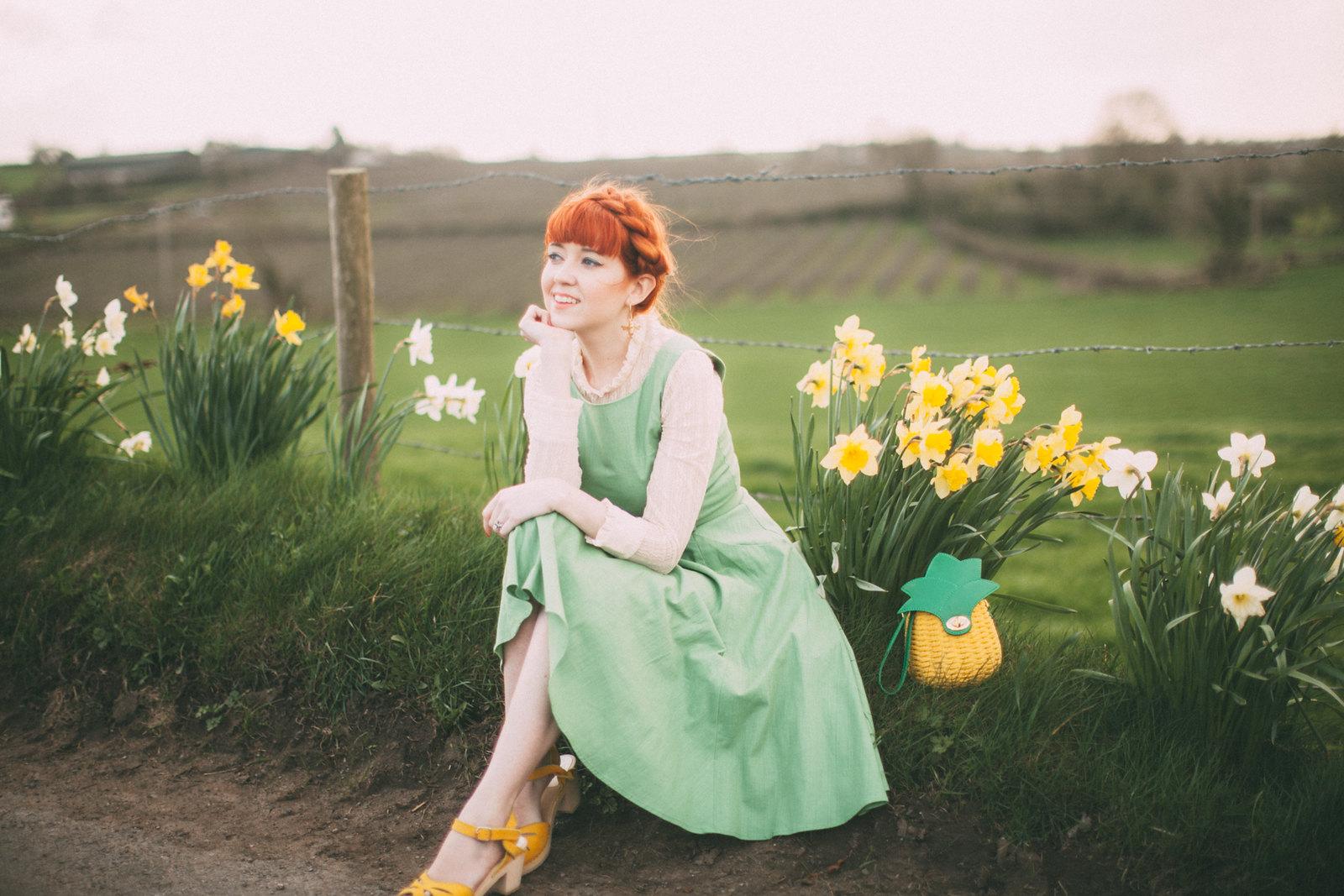 daffodil road-9