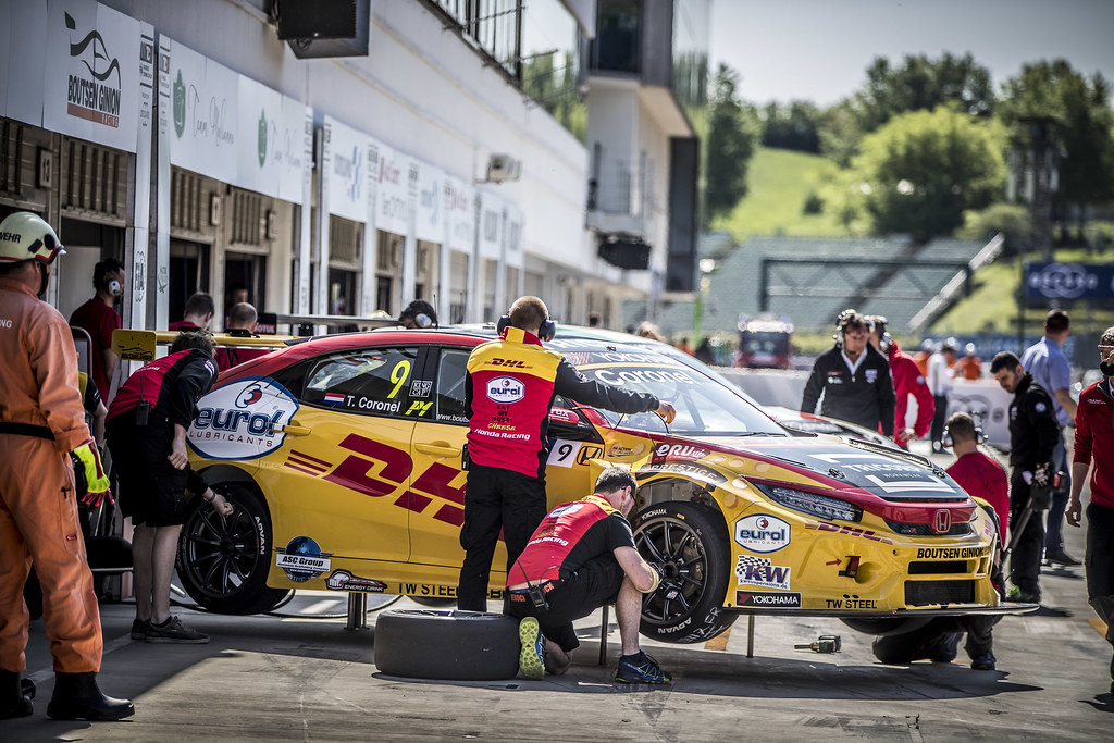 CORONEL Tom (NLD), Boutsen Ginion Racing, Honda Civic TCR, stand pit lane during the 2018 FIA WTCR World Touring Car cup, Race of Hungary at hungaroring, Budapest from april 27 to 29 - Photo Gregory Lenormand / DPPI