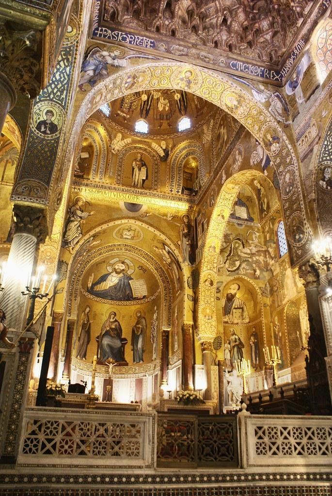Chapelle palatine à l'intérieur du Palais des Normands.