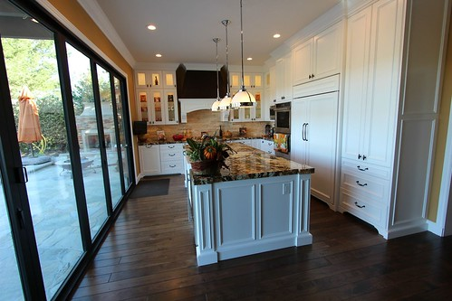 Classic style, Traditional Design Build #kitchenRemodel with APlus Custom #Cabinets in Coto De Caza, #OrangeCounty http://www.aplushomeimprovements.com/portfolio_page/coto-de-caza-design-build-kitchen-remodel-with-aplus-custom-cabinets107/