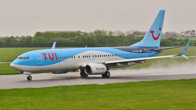 Boeing 737 -8K5 G-FDZE TUI