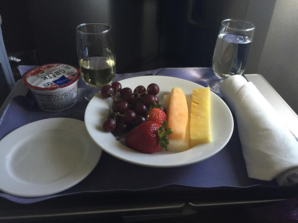 Breakfast in United domestic business class SFO-IAD