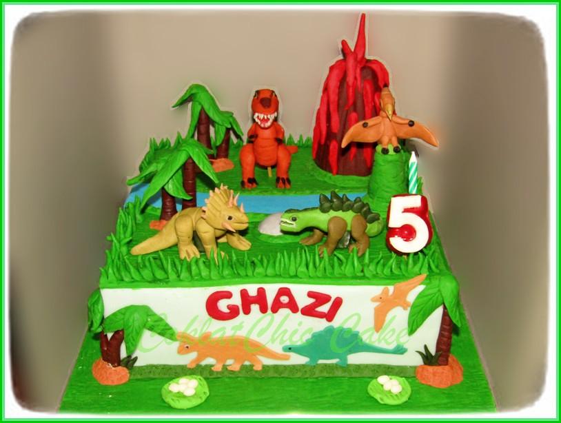 Cake Dino GHAZI 22 cm
