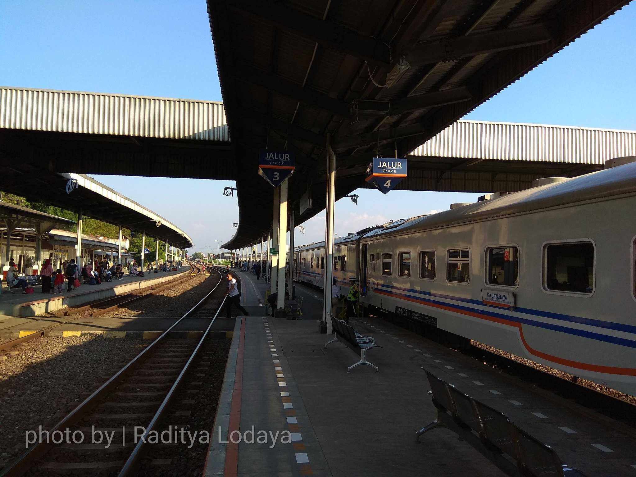 27 TRIP REPORT KERETA API JAYABAYA 1 (JAKARTA-CIREBON) -- STASIUN CIREBON PRUJAKAN 1