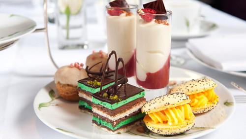 Gentleman's afternoon tea venues: Churchill Bar