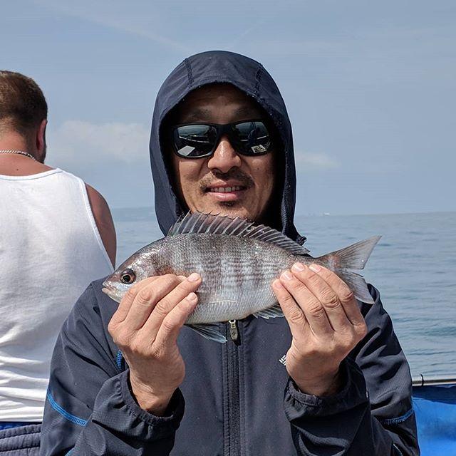 Catching Black Bream on 4-hour trips #amarisaweymouth #fishingtrip