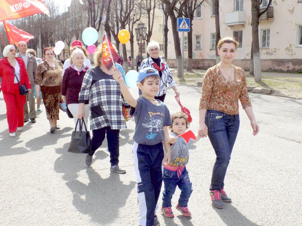 Первомайская демонстрация в Ярцеве