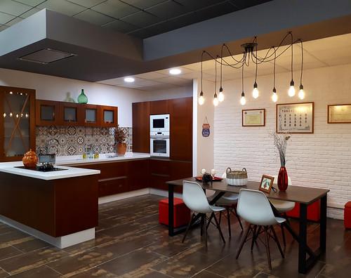 Studio Teresa Llorente inaugura su centro ofreciendo cocinas de ensueño y mucho más