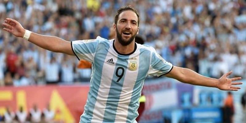 Pendukung Argentina Menolak Higuain Masuk Skuat Timnas