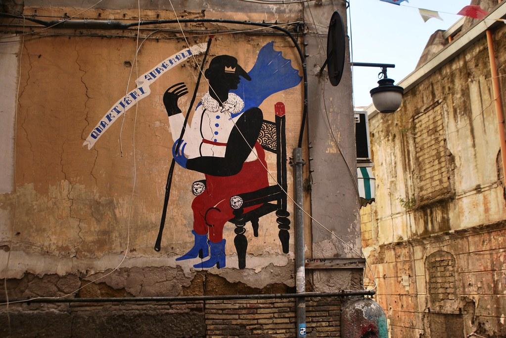Street Art : Le Vice Roi sur son trône à l'origine des Quartiers Espagnols à Naples.