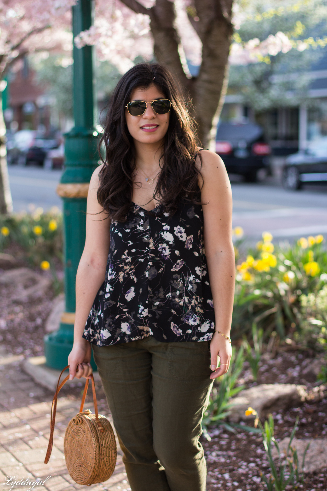Floral tank, green linen joggers, blue loafers, round straw bag-7.jpg