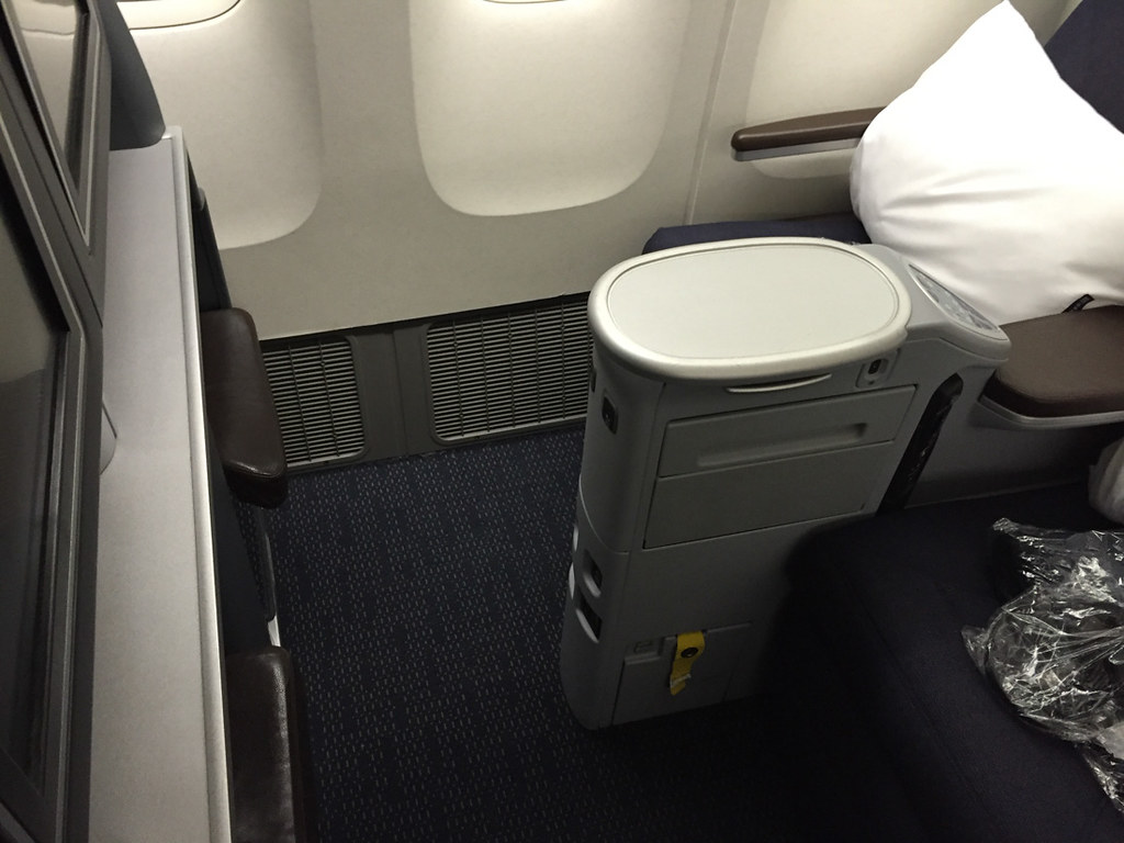 United 757–300 Business Class Seats