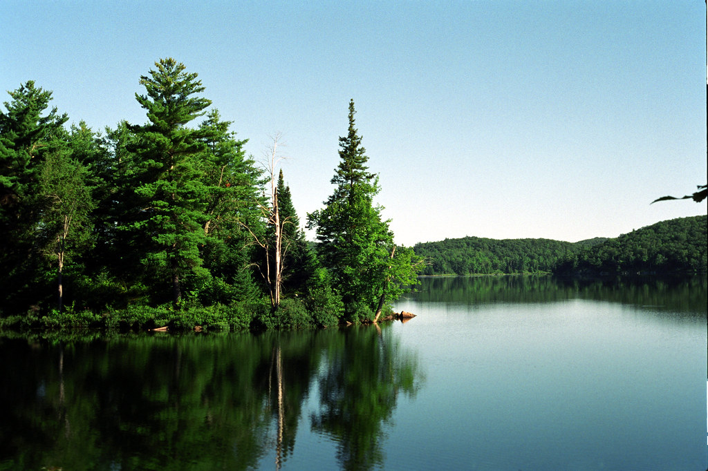 Camping in Gatineau Park | A picturesque lake in Gatineau Pa… | Flickr
