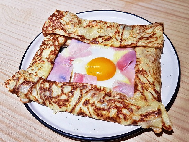 Crepe Savoury - Cheese, Organic Sunny Side Up Egg, Kurobuta Ham, Mushrooms