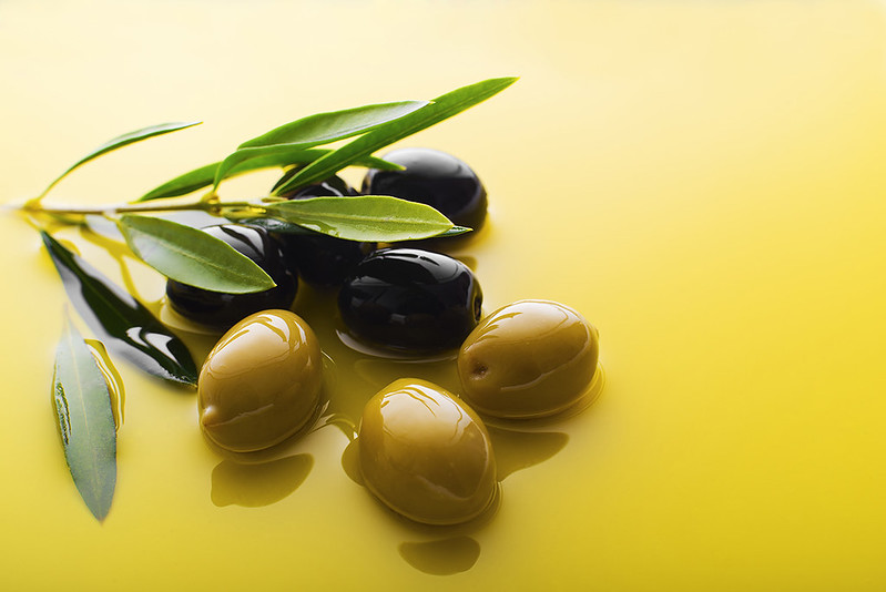green-and-black-olives---approved-(hr)
